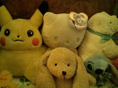 These are my very cute stuffed animals and yes I'm a grown ass woman who has them on her bed. Deal with it.