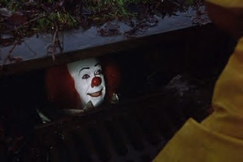 We all float down here float, dontcha know...? © Warner Bros. Television (1990)